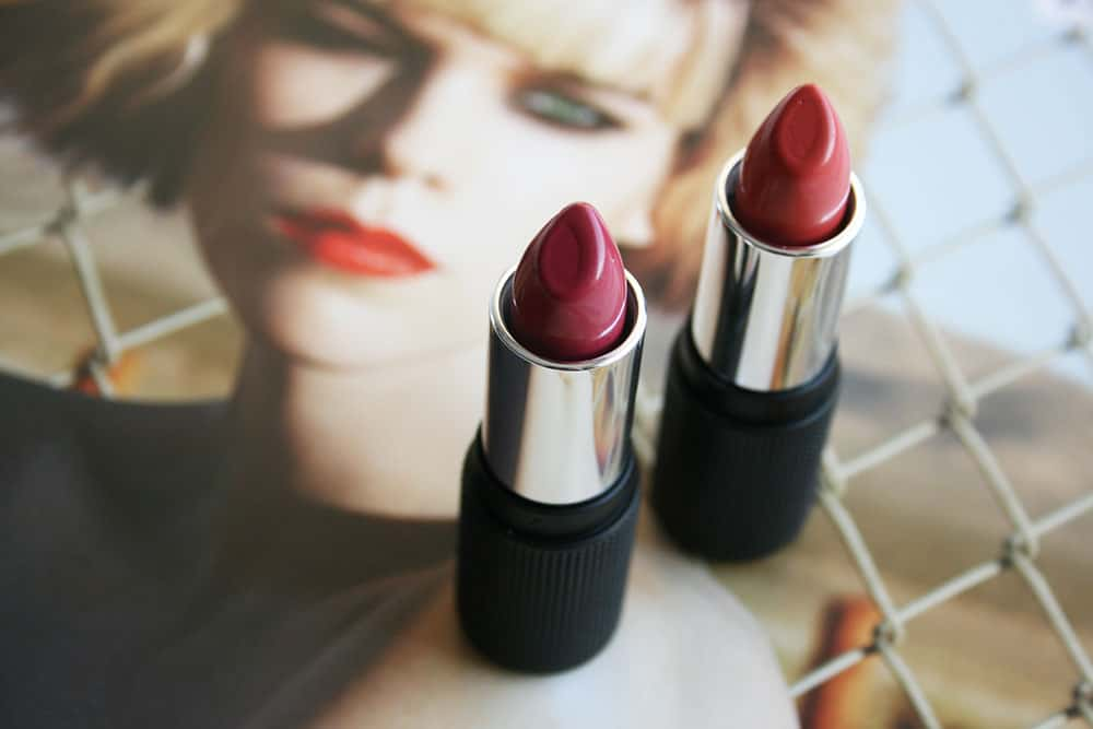 Red Apple Lipstick in Coral Crush & Hibiskiss