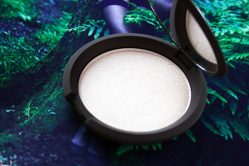 Becca Highlighter in Moonstone